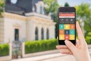 Berliner Wohnimmobilie wird mit Smart-Home-Technologie ausgestattet